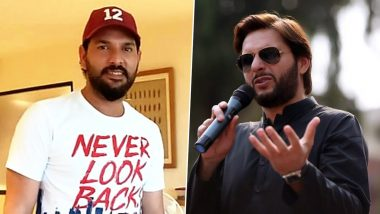 Yuvraj Singh Meets Shahid Afridi, Thanks Pakistan Fans for Supporting Him During Career-Threatening Battle With Cancer (Watch Video)