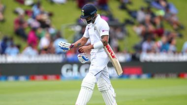 Virat Kohli Falls to Debutant Kyle Jamieson During India vs New Zealand 1st Test 2020, Day 1 (Watch Video)
