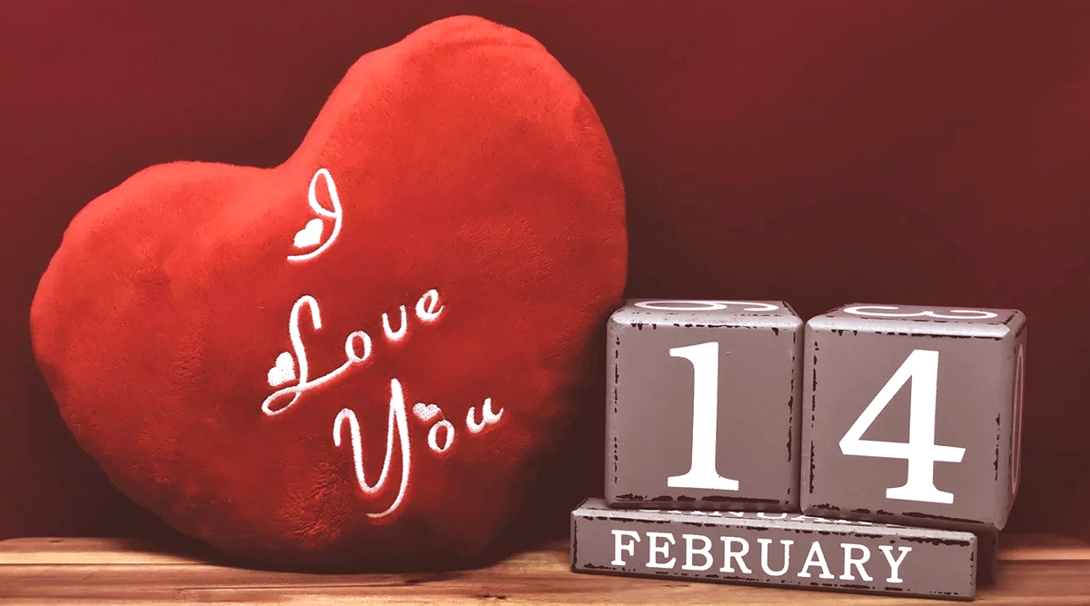 Valentine's Day 2020 Latest Wishes for Couples to Say 'I Love You': WhatsApp Stickers, GIF Images, Telegram Greetings, Hike Messages and SMS to Celebrate Romance