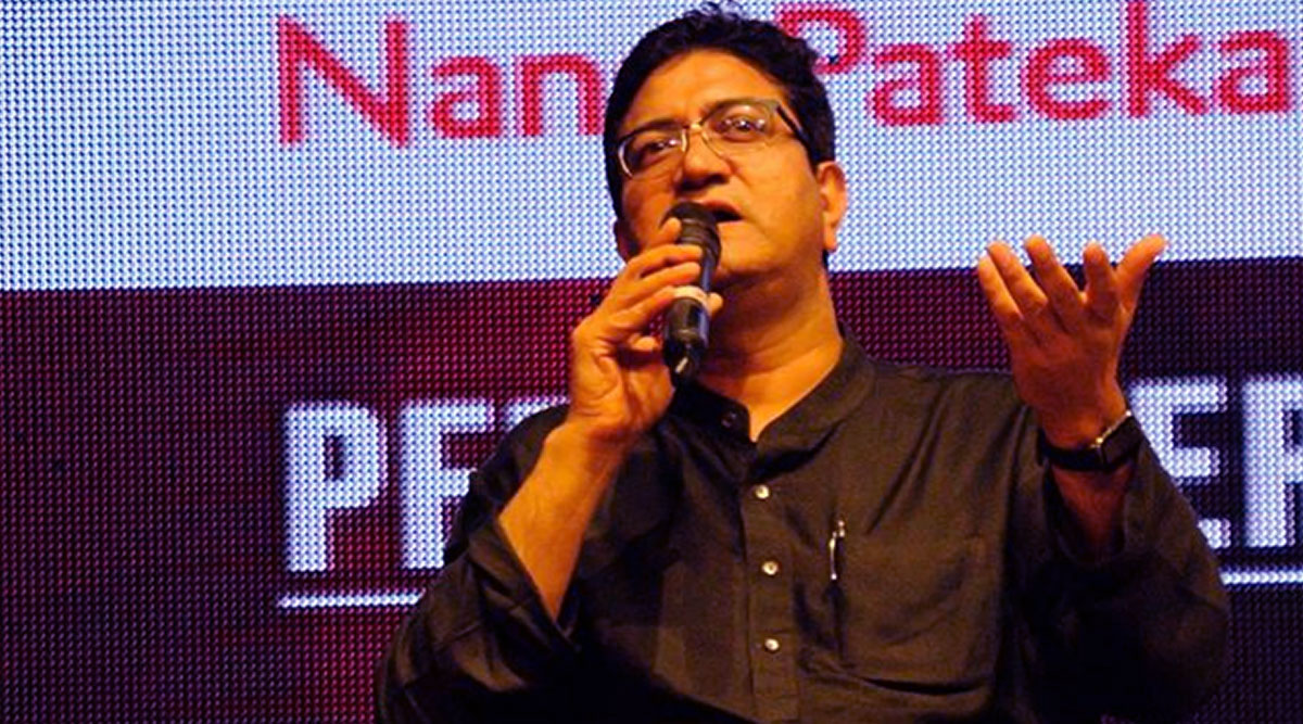 COVID-19 Outbreak: Prasoon Joshi Pens a Poem in Support of 21 Days Nationwide Lockdown
