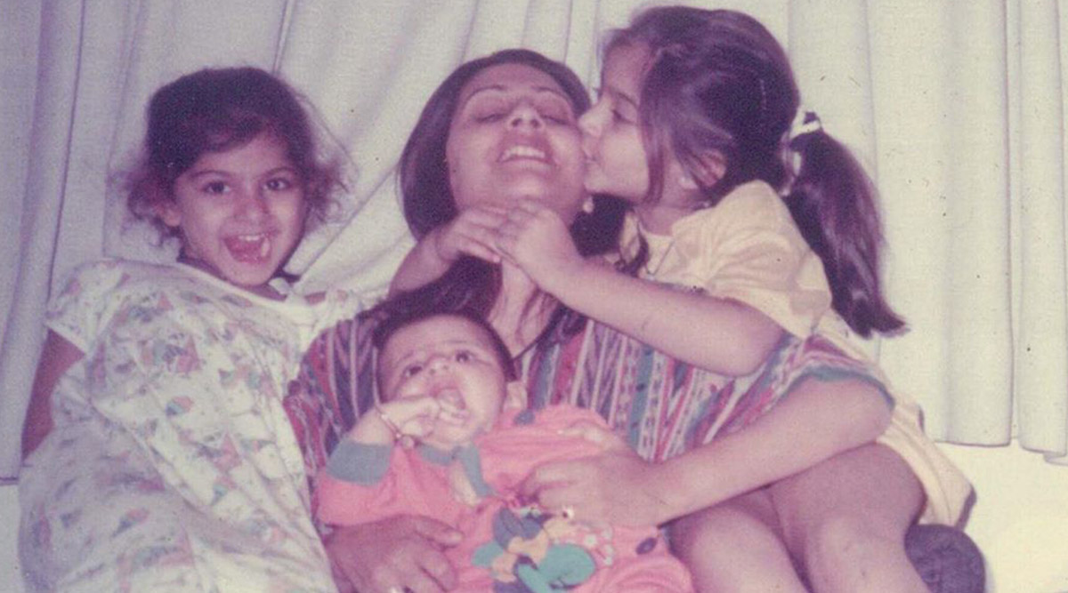 Sonam Kapoor Shares an Adorable Throwback Pic with Mom Sunita Kapoor on Her Birthday