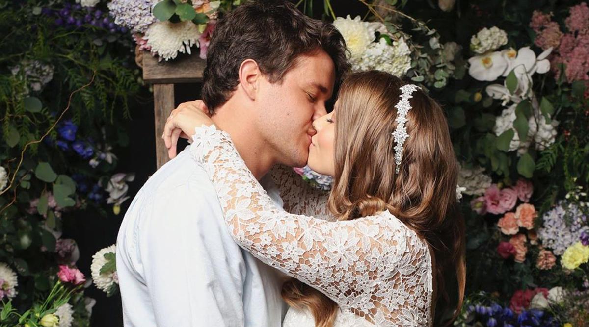 Bindi Irwin Marries Boyfriend Chandler Powell in Private Ceremony in Australian Zoo; Gets Criticised For Conducting Wedding During Coronavirus Lockdown Despite Zero Guests' Presence