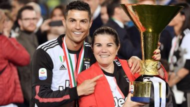 Cristiano Ronaldo's Mother Maria Dolores dos Santos Aveiro Doing Well Now, Juventus Star Poses for a Picture With Mommy Dearest & His Sisters (See Pic)