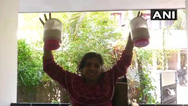 Women's Day 2020 Special: Differently-Abled Woman Holds World Record For Lifting Heavy Jars Using Finger Tips, Proves 'Nothing is Impossible'