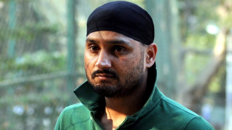 Harbhajan Singh Lauds Sikh Man for Providing Food to Poor Woman Amid COVID-19 Lockdown