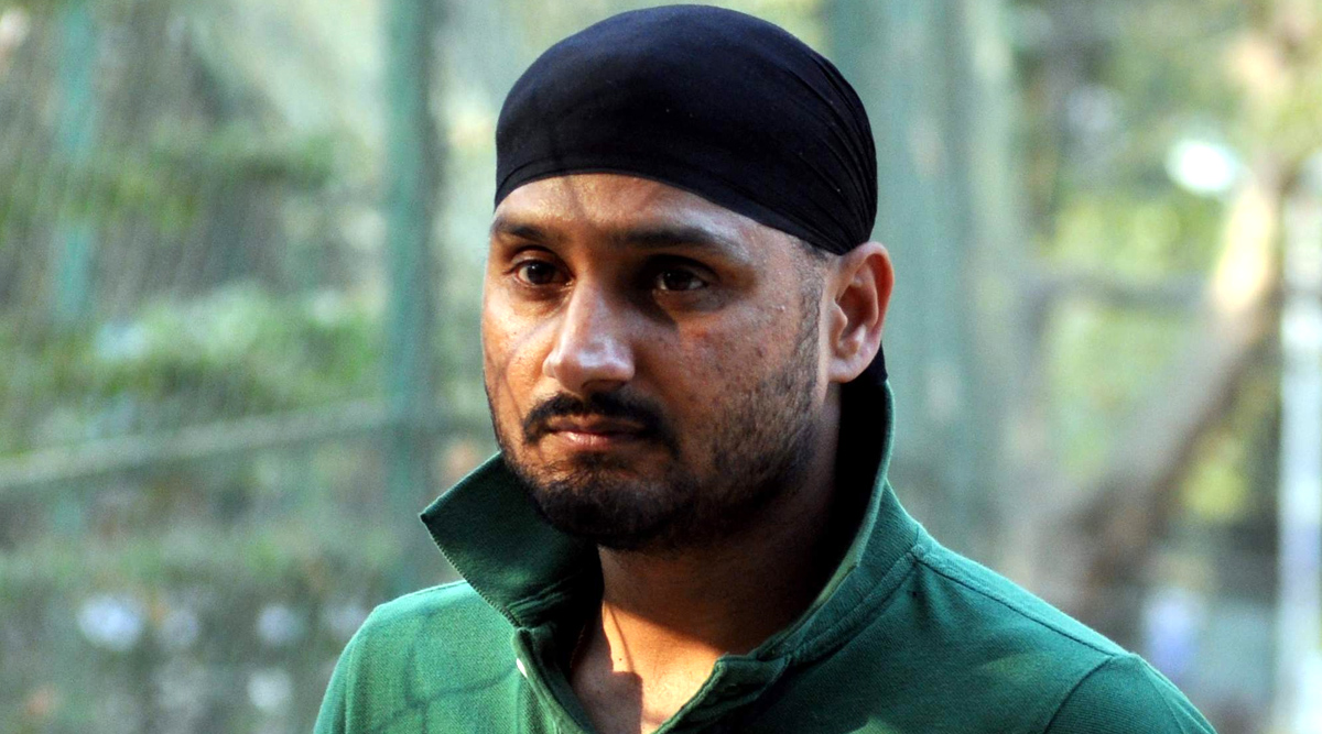 We Have to Change Our Attitude Towards Police as the Country Fights Against Coronavirus Pandemic: Harbhajan Singh