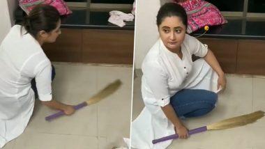 Rashami Desai Sweeps Her House Floor Amid COVID-19 Lockdown!
