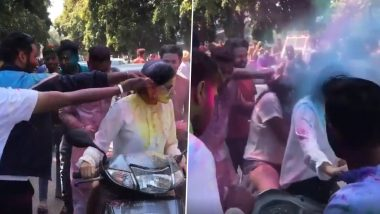 Holi Hooliganism: Viral Video of Men Harassing Women on the Road by Forcibly Splashing Colours on Them Angers Netizens