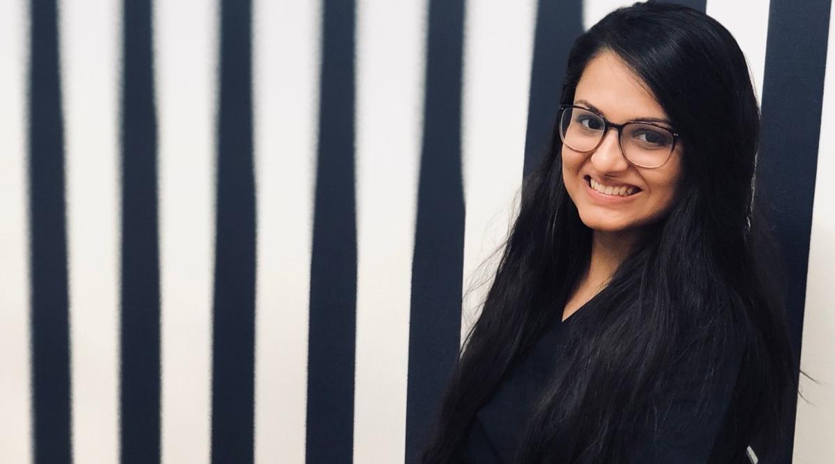 Le chirurgien dentiste cosmétique Dr Kshama Chandan choisit les meilleurs réglages dentaires pour un sourire parfait