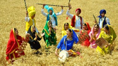 Happy Baisakhi 2020 Greetings & HD Photos: Twitterati Wish Sikh New Year With Punjabi Messages, GIF Images, Colourful Wallpapers, and Uplifting Quotes