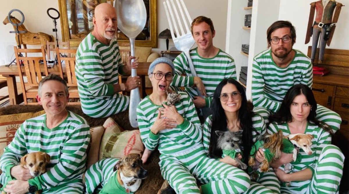Bruce Willis and Ex-Wife Demi Moore Have a 'Family Bonding' Session in Matching Pyjamas as the Former Couple Quarantines With Their Daughters (View Pics)