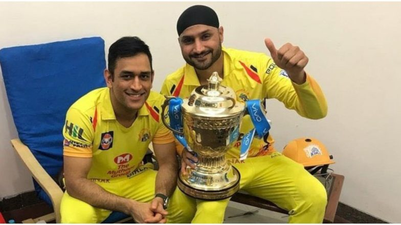 MS Dhoni Wants You to Do What You Know; Rohit Sharma Thinks Wickets, Says Harbhajan Singh