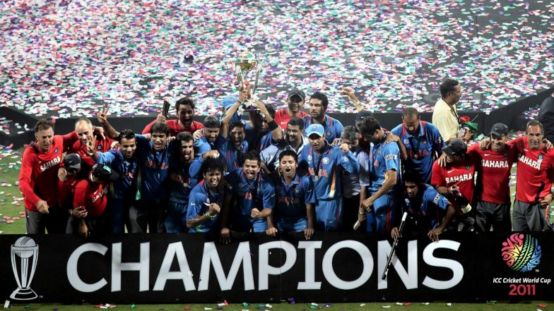 Yuvraj Singh Takes Dig at Ravi Shastri for Ignoring Him and MS Dhoni in Congratulatory Tweet for 2011 World Cup Win (See Post)