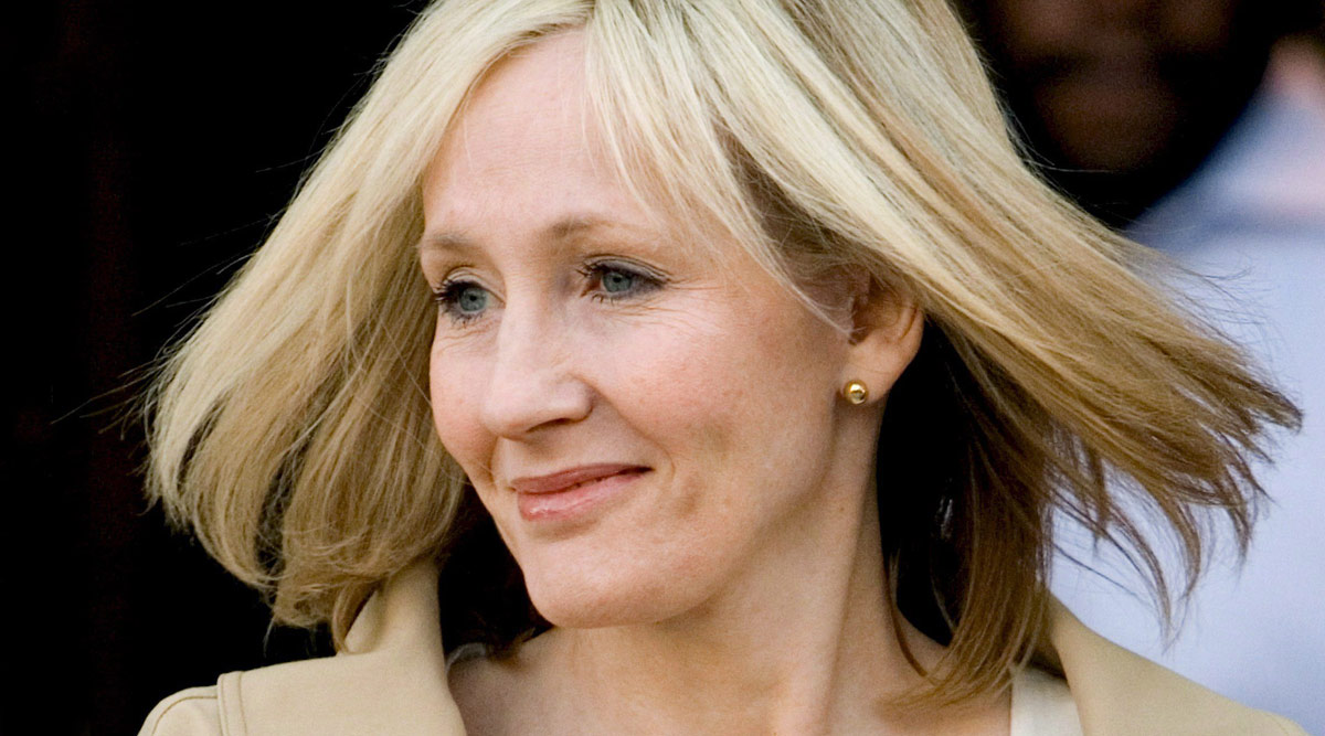 JK Rowling Claims She Has Fully Recovered From COVID-19 Symptoms Without Getting Tested, Took 'Doctor' Husband's Advice