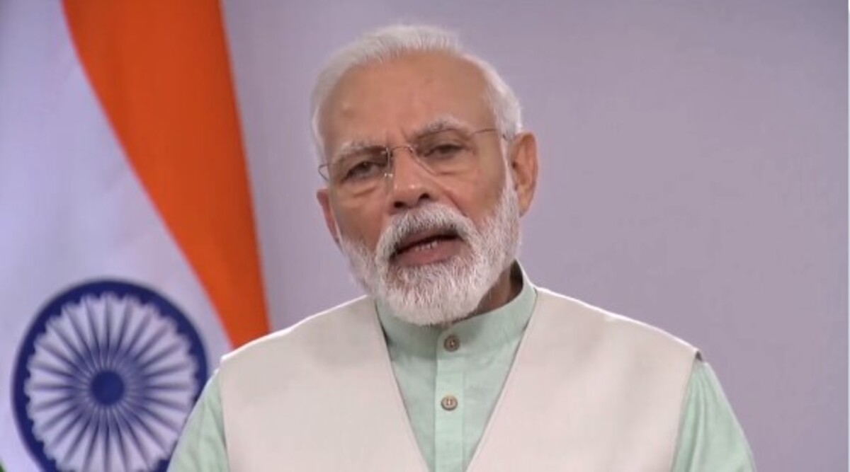 Switch Off All Lights, Light Candle, Diya, Torch or Mobile Phone Flash at Your Door or Balcony For 9 Minutes on Sunday, April 5 at 9 PM to Beat The Darkness Brought by Coronavirus: PM Narendra Modi to India