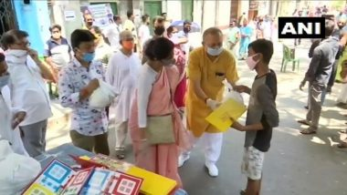 Ludo Kits Distributed in Kolkata byBJP Minister Sashi Panja to Help People Stay Engaged & Get Rid of Mobile Addiction Amid Coronavirus Lockdown in India