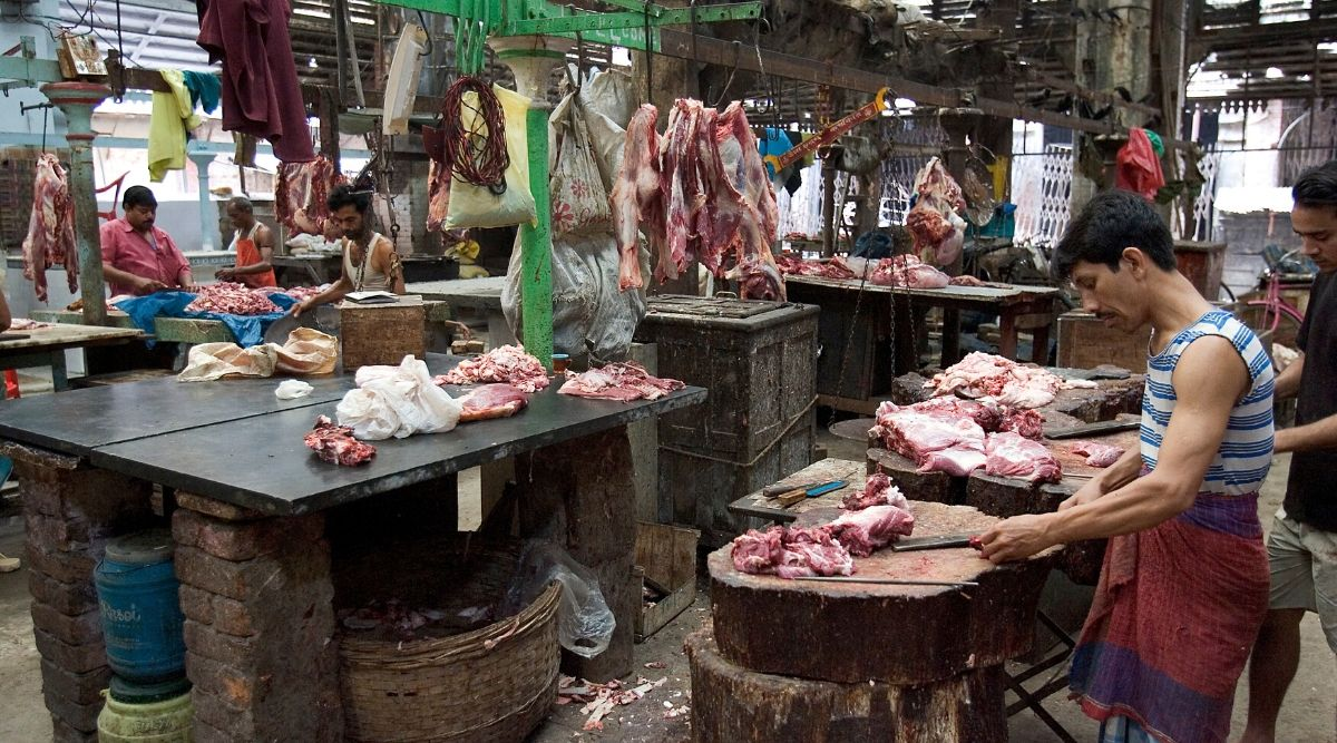 Mutton Rates in Mumbai And Delhi Rise As Slaughterhouses Stay Shut Amid COVID-19 Lockdown; Price of Chicken Increases With Supplies Hit