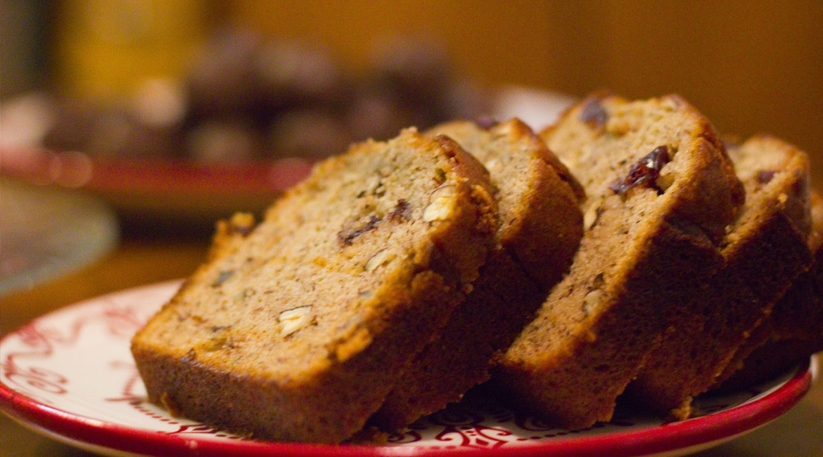 Banana Bread Recipes: Easy Methods by Chefs and Instagram Influencers to Make the Sweet Bread During COVID-19 Lockdown (Watch Videos)