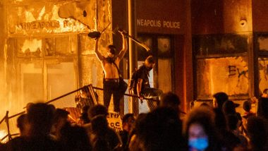 Minneapolis Police Station Torched by Angry Demonstrators Amid George Floyd Protest