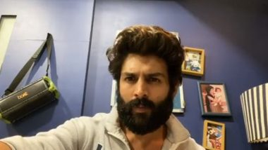 Kartik Aaryan Gets Scolded by His Mom for Not Posting a Selfie With Her on Mother's Day (Watch Video)