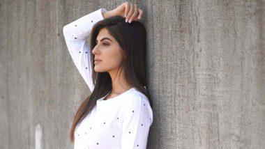 Elnaaz Norouzi: Social Media Has Kept Life Moving Amid COVID-19 Crisis