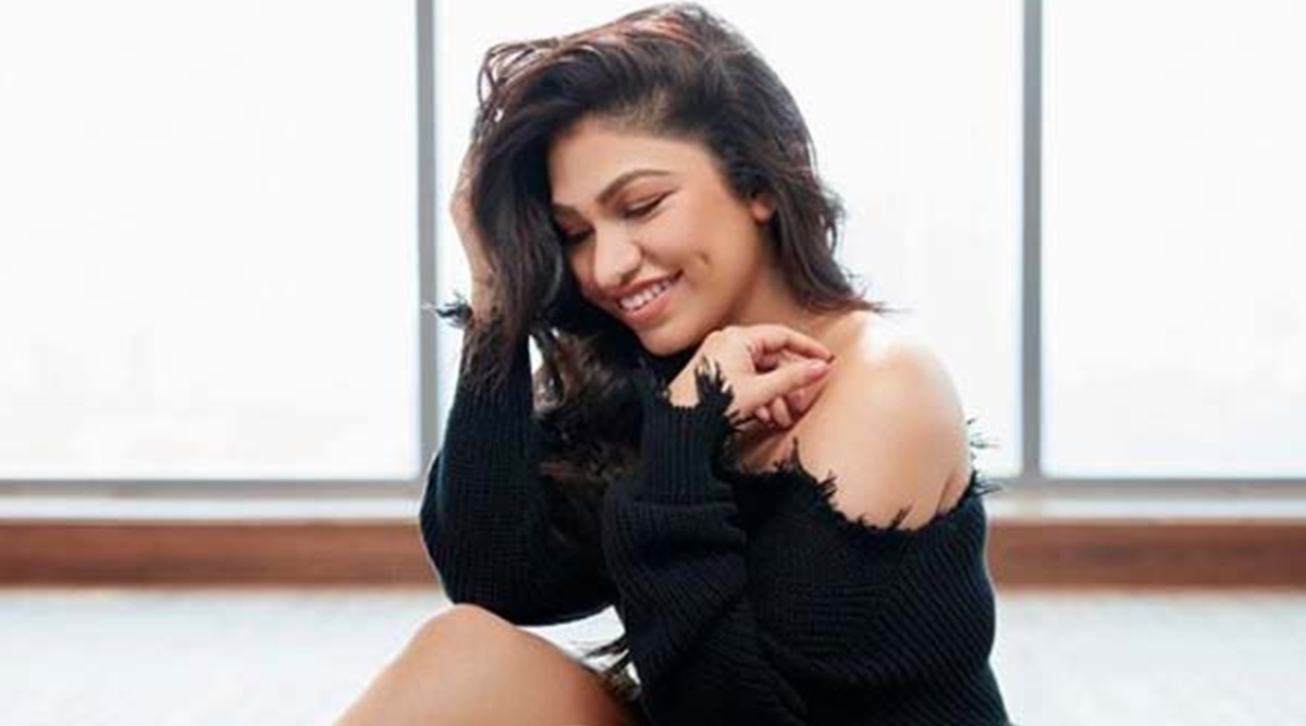 Tulsi Kumar Says COVID-19 Lockdown Has Given Us a Different Perspective of Life