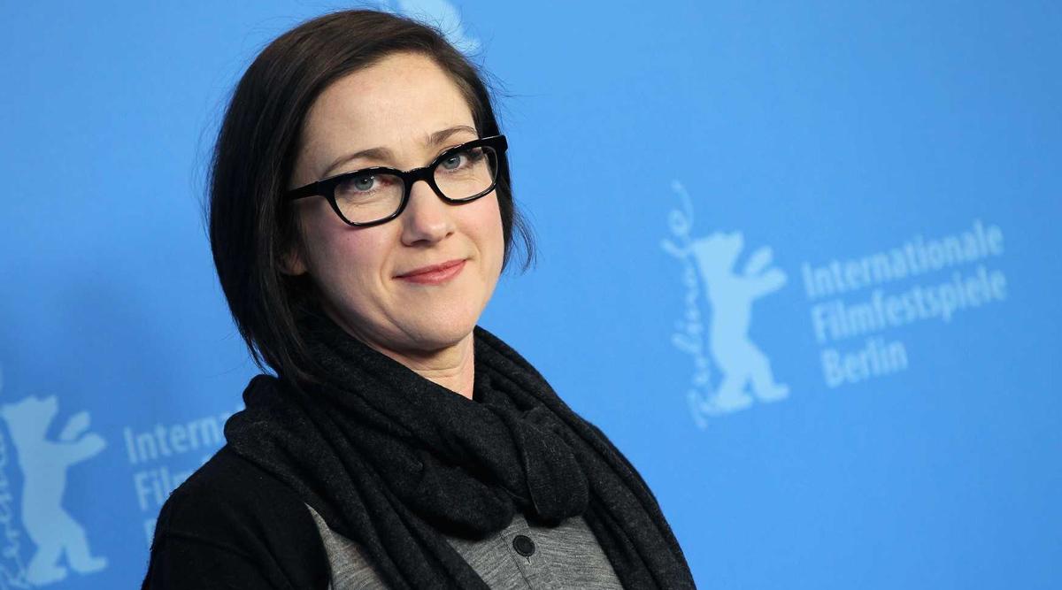 Jessica Jones Director SJ Clarkson to Helm Sony's New Marvel Movie Rumoured to Be Madame Web