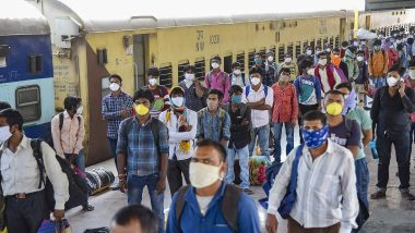Ministry of Railways Says 37 Lakh Passengers Have Travelled in Over 2,800 Shramik Special Trains Amid COVID-19 Pandemic So Far