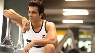 Sonu Sood Shares a Video of Constant Incoming Messages Asking For Help, Apologises For The Missed Ones!