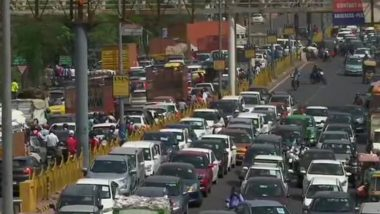 Delhi-Ghaziabad Border Area Near Ghazipur Witnesses Heavy Traffic For The Second Day After it Was Sealed; View Pics