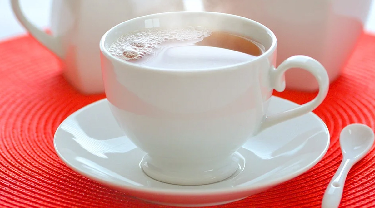 Weight Loss Tip of the Week: How to Drink White Tea to Lose Weight (Watch Video)