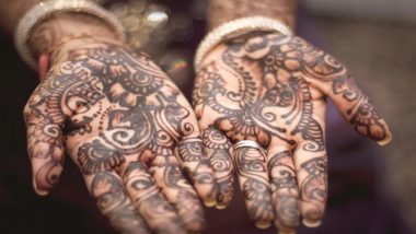 Vat Savitri 2020 Easy Mehndi Design Ideas: Simple Tricks to Make Indian and Arabic Henna Patterns On Your Hands For Vat Purnima