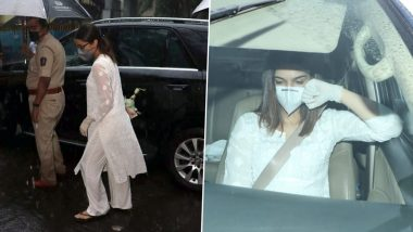 Sushant Singh Rajput Funeral: Kriti Sanon, Shraddha Kapoor Attend the Ceremony to Pay their Condolences (View Pics)