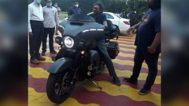 CJI Bobde Tries 2020 Harley Davidson CVO Limited Edition; Know All About This Bike in The Viral Image, Check Pics & Video Here