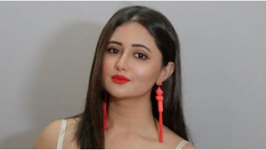 Rashami Desai Supports Indian Government's Decision to Ban 59 Chinese Apps, Urges Fans to Stand United (Watch Video)