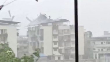 Cyclone Nisarga Videos: From Tin Rooftops Being Blown Away to Trees Uprooted, Gusty Winds Hit Raigad And Several Places in Maharashtra