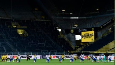 Borussia Dortmund & Hertha Berlin Kneel on One Knee as to Mourn George Floyd's Death, Home Team Dons Black Tees Ahead of Bundlesiga 2019-20 Tie (See Pics)