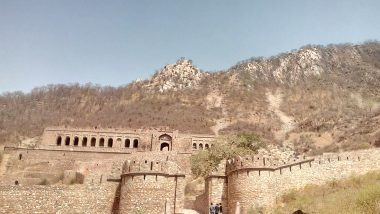 Bhangarh Fort in Rajasthan Horror Stories: Know About The Ghosts of Most Haunted Fort in India