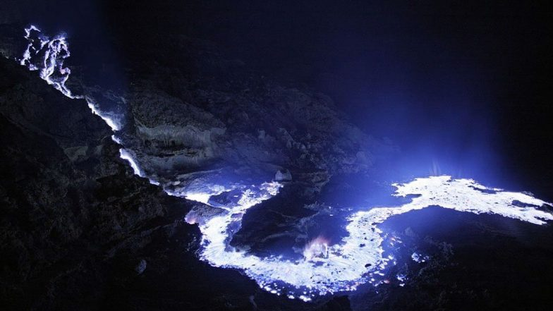 Blue Lava Erupts in Indonesia's Kawah Ijen Volcano, Fascinating Yet Scary Pics