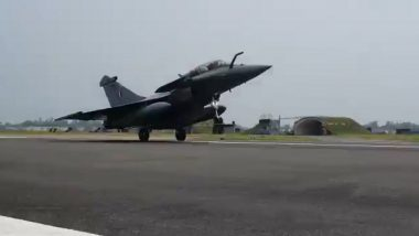 Five Rafale Jets Arrive in India in a Boost to IAF's Combat Capability, Defence Minister Rajnath Singh Says 'The Birds Have Landed Safely in Ambala'