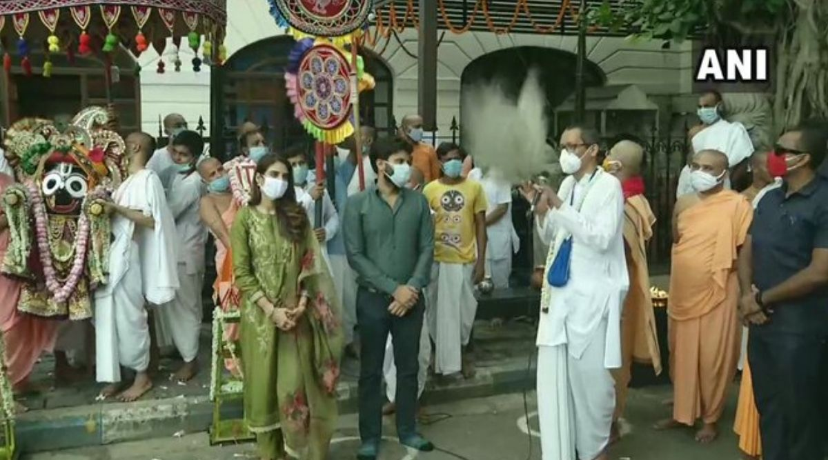 Ulta Rath 2020: Trinamool Congress MP Nusrat Jahan Takes