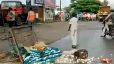 Indore: 14-Year-Old Egg Seller's Cart Overturned When he Allegedly Refused to Pay 100 Bribe, Video Goes Viral