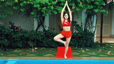 Sara Ali Khan Performing Yoga amid Greenery Will Make Your Sunday Serene and Peaceful! Check out the Diva's Latest Instagram Post