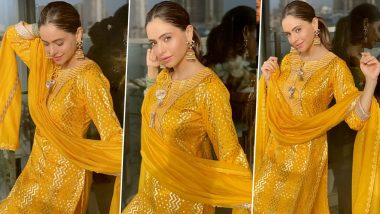 Aamna Sharif Lives Life in Warm Yellows Even if It Rains!