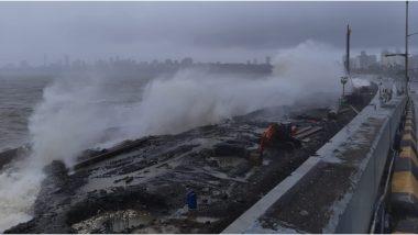High Tide Hits Mumbai's Marine Drive Amid Heavy Rainfall; Watch Video