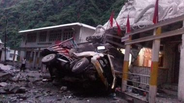 Himachal Pradesh: 2 Killed, 3 Injured After Three Vehicles Hit by Boulders in Landslide Near Hanogi Temple in Mandi District