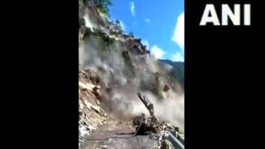 Landslide in Rishikesh-Badrinath Highway Near Bayasi in Uttarakhand's Tehri Garhwal District (Watch Video)