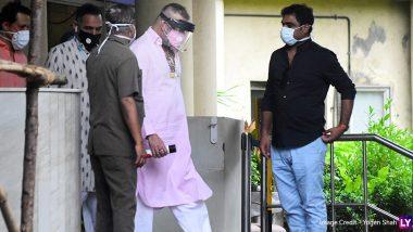 Sanjay Dutt Spotted Outside Mumbai's Lilavati Hospital (View Pics)