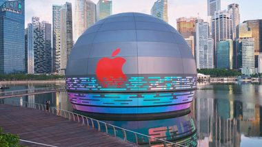 Apple Opens World's First Floating Store in Singapore