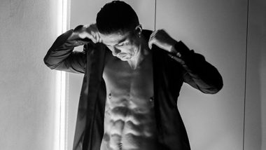 Cristiano Ronaldo Flaunts Well-Toned Body in This Shirtless Monochrome Pic Ahead of Juventus' Serie A 2020-21 Clash Against Sampdoria!